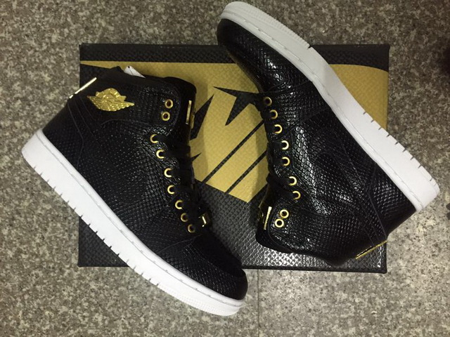 "Air Jordan 1 ""Pinnacle"" 24K Shoes black/gold white"